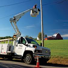 100 Bucket Truck Repair Extended Coverage FairPoint Goes Bankrupt Services Will Continue
