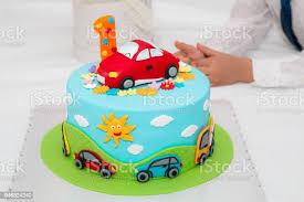 geburtstag kuchen mit nummer 1 stockfoto und mehr bilder auto