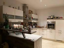 küche u form mit theke inklusive e geräte