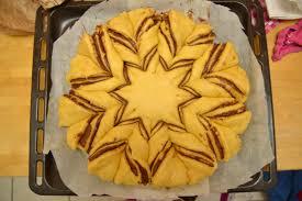 recette de pate a brioche c est maman qui l a fait brioche étoilée flocon fourrée de pâte