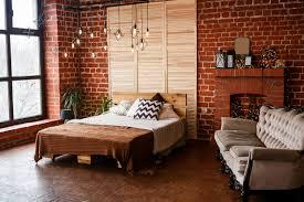 backsteinwand ideen tipps für backsteinmauern schöner