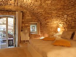chambre d hote bonnieux chambre de charme indépendante charming independent bedroom