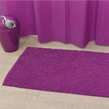 tapis aubergine pas cher tapis de bain violet moderne chaios biokamra 12 grand mod le