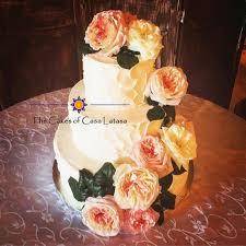 Rustic Ivory And Blush Buttercream Wedding Cake With Fresh Flowers Casalatasa