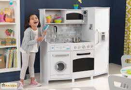 cuisine en bois enfants avec machine à glaçons sonore et lumineuse