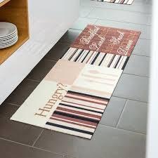 tapis cuisine pas cher grand tapis cuisine tapis de cuisine contemporain par tapis chic