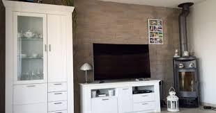 wohnzimmerwand naturstein wandgestaltung wohnzimmer