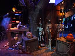 Halloween Attractions In Pasadena by Best Kid Friendly Haunted Houses In Los Angeles Cbs Los Angeles