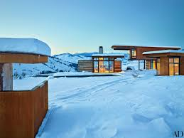 100 Mountain Home Architects This Sleek Compound Is The Perfect Getaway For A