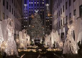 Christmas Tree Rockefeller Center Live Cam by Rockefeller Christmas Tree Is Now Lit For Your Viewing Pleasure