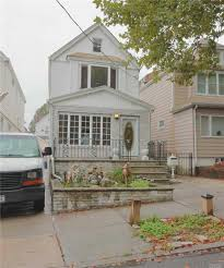 100 Houses F 7822 64 Ln Glendale NY 11385 Or Sale REMAX