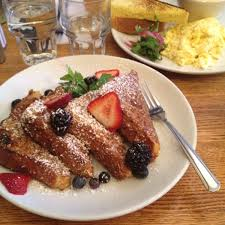 Brunch In Bed Stuy by Peaches Restaurant Bedford Stuyvesant Brooklyn Ny