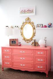 Coral Color Decorating Ideas by Best 25 Coral Bedroom Ideas On Pinterest Coral Bedroom Decor