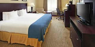 holiday inn express fort smith executive park hotel by ihg