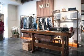 WUUD Clothing Store By Ragodesign Faenza Italy