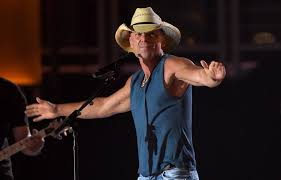 Kenny Chesney Old Blue Chair Live by Kenny Chesney U0027s New Live Album Set For No 1 Debut On Billboard