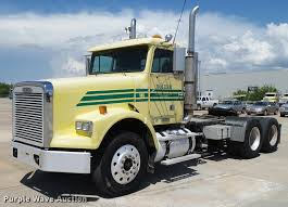 2004 Freightliner FLD120 SD Semi Truck | Item DB4732 | SOLD!... 1983 Kenworth K10 Semi Truck Item Dq9447 Sold September Truck Bank Repos For Sale Special Lender Financi Flickr 2000 Freightliner Fld Db0028 Decem 1972 Mack R Sale Sold At Auction July 16 2015 1986 Volvo White J6216 August 18 T Ok And Trailer Sales Alinum Semi Trailers For Livestock Cfigurations Awesome Trucks In Okc 7th And Pattison Refuse Trash Street Sewer Environmental Equipment 1999 T800 K8818 June 30 C Med Heavy Trucks For Sale 2009 Fld120 Sd Db4076