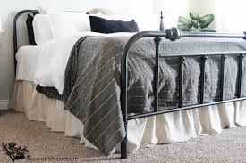 Bed Skirt Pins by Easy Diy Ruffled Bed Skirt The Wood Grain Cottage