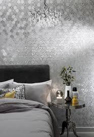 grafische sechsecke in silber luxusschlafzimmer silberne