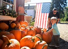 Johnson Farms Pumpkin Patch by Fall Fun At Stamford U0027s Eden Farms Stamfordadvocate