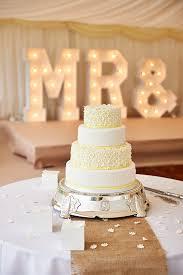 Daisy Yellow Wedding Cake 12265884 534003753429027 394192542706777573 O