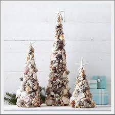 Seashell Christmas Tree Garland by 70 Best Seaside Christmas Images On Pinterest La La La