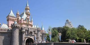Spirit Halloween Bakersfield Hours by How To Celebrate Halloween At Disneyland Resort