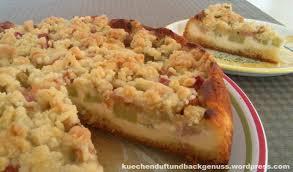 rhabarber quark kuchen mit streuseln küchenduft und backgenuss