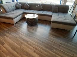 sofa u form grau weiss wohnzimmer polstermöbel