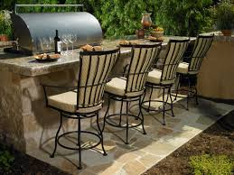 Install Bar Stools in Your Outdoor Patio