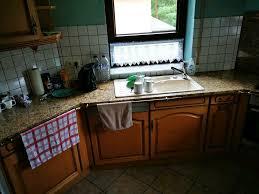 granit arbeitsplatte rückwand küche beige braun