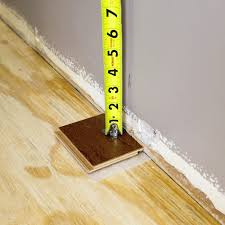Installing Laminate Floors In Kitchen by Installing Laminate Flooring Around Kitchen Cabinets Installing