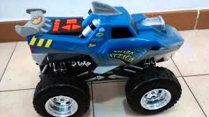Carro Monster Truck Shark Attack Road Rippers - YouTube Ultimate Hot Wheels Shark Wreak Monster Truck Closer Look Year 2017 Jam 124 Scale Die Cast Bgh42 Offroad Demolition Doubles Crushstation For The Anderson Family Monster Trucks Are A Business Nbc News Dsturbed Other Trucks Wiki Fandom Powered By Wikia Hot Wheels Monster 550 Pclick Uk 2011 Series Blue Thunder Body 1 24 Ebay Find More Boys For Sale At Up To 90 Off Megalodon Fisherprice Nickelodeon Blaze Machines