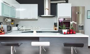 comment peindre vos propres armoires de cuisine trucs pratiques