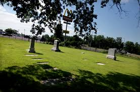 Cottage Grove cemetery links county to a candy dynasty