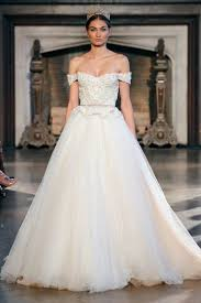 the biggest gown trends from the 2015 bridal runway shows