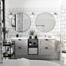 ein schickes enhet badezimmer mit platz für zwei ikea