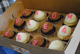 The Cute Cupcakes To Die For Prom Proposal Via Flickr