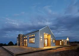 100 Homes Made Of Steel Corrugated Steel Provides Durable Facade For House By Glow Design Group