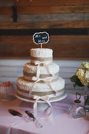Pink Texas Wedding From Loft Photographie Southern Weddings Magazine Burlap Chalkboard Cake Ideas