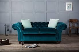 canap bleu clair canapé en velours tout doux et tout élégant