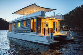 100 Boat Homes Mothershipmarinecomau The Worlds First Solar Powered