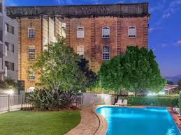 100 Teneriffe Woolstores London Warehouse Apartment Brisbane With Photos