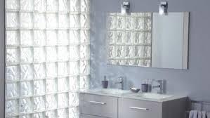 separation salle de bain briques de verre pour separer espace chambre et salle de bain