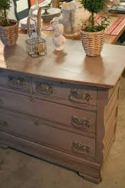 Vaughan Bassett Dresser Drawer Removal by Best 10 Painting Oak Furniture Ideas On Pinterest Painting Oak