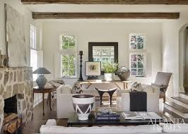 This Beautiful Buckhead House Is Designed By Eleanor Roper For Her Longtime Friends The Owners Of A Home Furnishings And Accessories Bouti