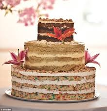 Mouthwatering Combo A Bottom Tier Of Rainbow Birthday Cake Crumble Middle Made