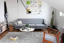 skandinavisch grau sofa teppich vintage retro