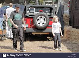 Pumpkin Patch Jefferson Blvd Culver City by Fred Durst And His Son Dallas Visit Mr Bones Pumpkin Patch In
