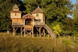 100 Tree Houses With Hot Tubs Sommet De Memanat Canopy Stars
